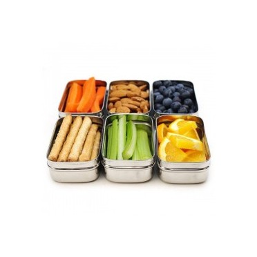 Luch boxes with snacks