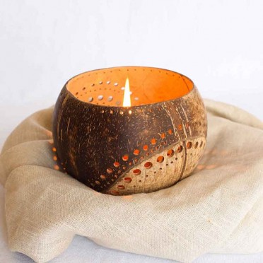 Coco Bali candle holder, front view
