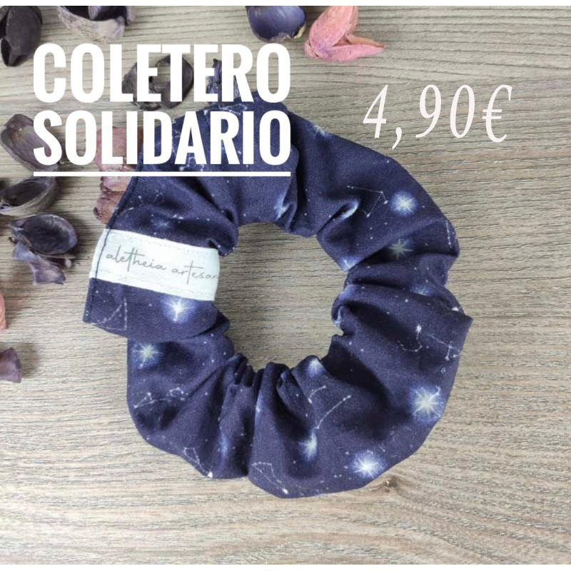 Solidarity scrunchie, benefits in favor of Save the Children, galaxy view
